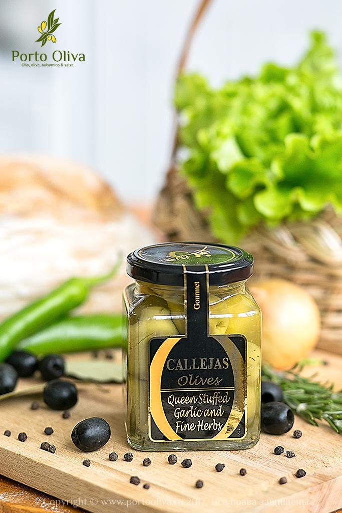 Оливки зелёные фаршированные чесноком CALLEJAS 300г фото